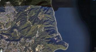 【悲報】Googleマップさん、クソ改悪で駐車場をショートカットコースにし山の陰を湖にしてしまう