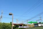 ここだけ!?ゆうゆうセンターの駐車場は『京阪電車とJRの交差点』!