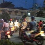 『ベトナムのバイク事情』の画像