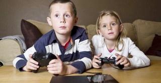 東洋経済が「『ゲーム=悪』と全否定する親に伝えたい視点」という記事を掲載。ゲームを全て排除していいのか?