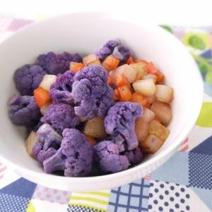 すごい彩り♪紫カリフラワーの白ワイン蒸し