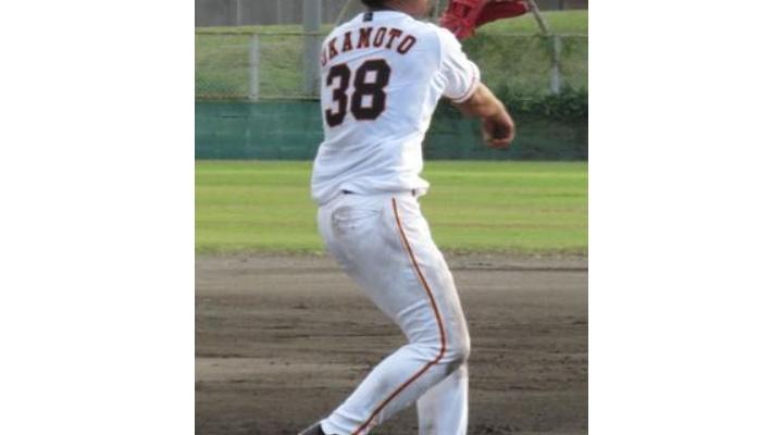 巨人・村田の「背番号25」は来季から岡本和真に!