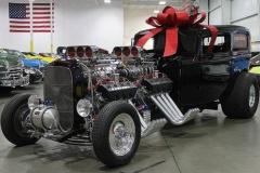 【漢の車】V8を2機積みで2500馬力のクレイジー ホットロッド販売!