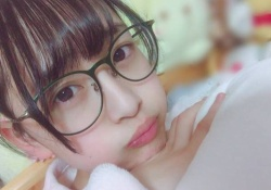 え?これ向井葉月?!眼鏡美少女やんwww【乃木坂46】