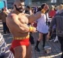 【画像】ザンギエフのコスプレが超凄いと話題に! 筋肉とモヒカンは本物