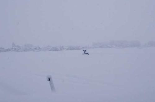 ワイの家のまわり、雪がすごすぎて笑えないンゴ・・・・・・・・・・・・のサムネイル画像
