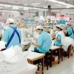 外国人労働者、最多100万人へ 介護、家事分野に拡大