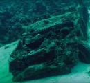 海底に沈む181台のトヨタが42年を経て発見される