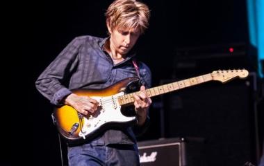 『完璧なギターインスト「Manhattan」/Eric Johnson』の画像