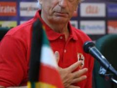 【 日本代表 】ハリル監督、イラク戦試合会場のアナログ時計修理を要請!「選手が混乱したら、どうするんだ」