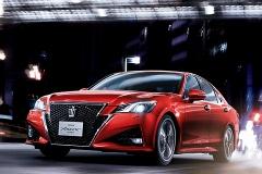一番高いグレードとひとつ上の車種の一番安いグレードどっちがいい?