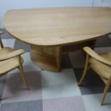 『高松市に土井木工のミーオラウンドテーブル・ホワイトオークと飛騨産業・クレセントチェアを納品』の画像