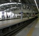 改札前に汚物散乱!通勤ラッシュの西武池袋駅で「惨事」が…駅員ら掃除に血眼 「人がしたとは思えないくらいの量」