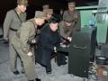 【画像】北朝鮮の弾道ミサイル管制室wwwww
