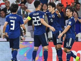 【速報】日本、韓国に善戦した香港をフルボッコにするwww