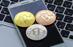 BCH対応に台湾の大手スマホメーカー「HTC」が「ビットコインの伝道師」が会長を務める「Bitcoinドットコム」と長期的提携関係を結び、