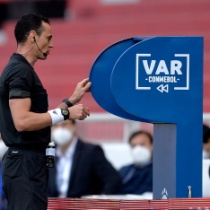 「VARはサッカーを壊す可能性もある」by UEFA会長