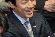 小泉進次郎氏「倒そうとしなくても小沢氏はいずれ倒れる。過去の人」 民主を離党の平野氏支援に反対