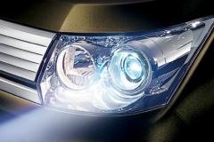 最近の車のヘッドライトがまぶしすぎねえか?