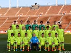 【画像】日本代表の集合写真で香川だけがすごい笑顔で話題www