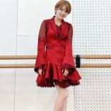 『【乃木坂46】セクシー・・・樋口日奈、紅白衣装オフショットから溢れ出る色気がヤバすぎるwwwwww』の画像