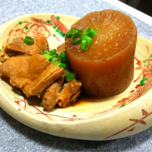 大根と鶏肉の味噌煮