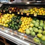 初めて行く街のスーパーマーケット巡りが好きなやつおる?