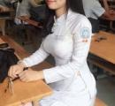 【悲報】ベトナムの女子高生さんの制服wwwwwwwwwwwwwwwwwwwwwwwwwwwwww