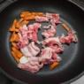 地味に味変「牡蠣だし醤油焼うどん」&メシ通さんアップでございます
