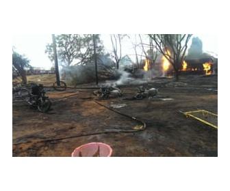 【タンザニア】タンクローリーが事故後に爆発、62人死亡  近隣に住む若者らが燃料を抜き取っていた最中に犠牲に