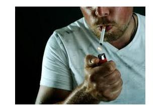 【議論】女性の7割が喫煙者との交際はNO! 結婚は8割 「臭えんだよゴミ」 「論外」