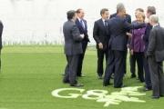 菅首相「・・・・」 G-8サミットでぼっち。(ノД`)シクシク