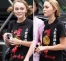 ジョニーデップの娘の着てるTシャツが凄い