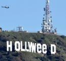 ハリウッド看板を「ハリ大麻」に改変したアーティストが逮捕される