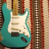 "『Kooy Guitars Relic Strat ""Emerald Green"" !』の画像"