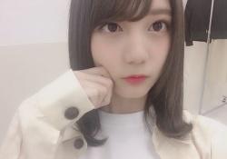 【日向坂46】ぐうかわw小坂菜緒ちゃん、髪形を変えて差別化を図るwww