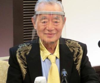ドクター中松(91)、コロナ対策の新型マスクを発表