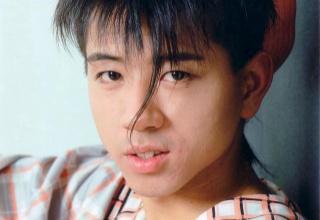 35年前に流行ってた男の髪型がこれwwwwww