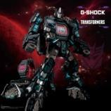 『このG-SHOCKは変身する! トランスフォーマーコラボ第2弾が登場』の画像
