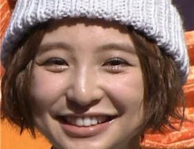最新の篠田麻里子をご覧ください