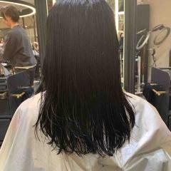 表参道 神宮前 東京 都内で美髪パーマが得意な美容室MINX原宿☆須永健次☆縮毛矯正毛でもデジタルパーマならば繰り返しできます。アイロン仕上げの様な大人ウェーブをかけてみました。