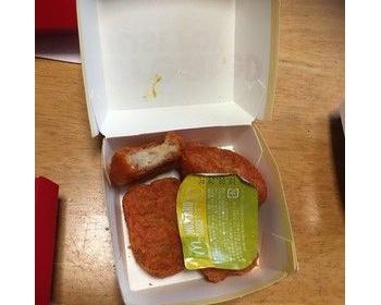 マックデリバリーで注文→食べかけのチキンナゲットが・・・マクドナルドが謝罪し説明した経緯がこれ(画像あり)
