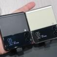 実機を写真で紹介!防水&FeliCa対応の縦折りフォルダブルスマホ「Galaxy Z Flip3 5G」の特徴をチェック。NTTドコモとauから発売【レポート】