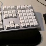 『マウス、キーボードは有線に』の画像