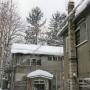 楽山荘と冬景色