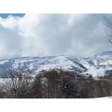 『バックカントリー入門、新雪楽しめました!』の画像