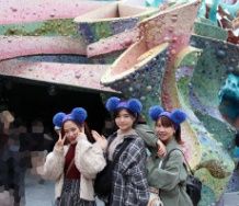『モーニング娘。メンバー(石田小田含む数人)がディズニーに遊びに行ったよ』の画像