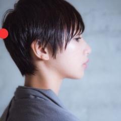 MINXaoyama ヘアスタイル担当 石塚です。