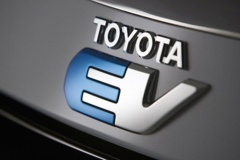 トヨタ社長「EVだけと決めつけていくことは考えていない」