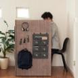 """【画像】 快適な在宅勤務を実現!リビングに""""半個室""""を作れる組み立てデスク誕生、8万8千円。 #組み立て机 #KOMORU"""